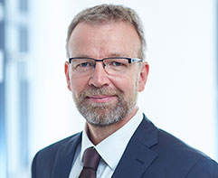 Axel Wilhelm, imug | rating